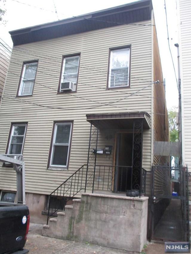 49 Hawkins St, Newark NJ